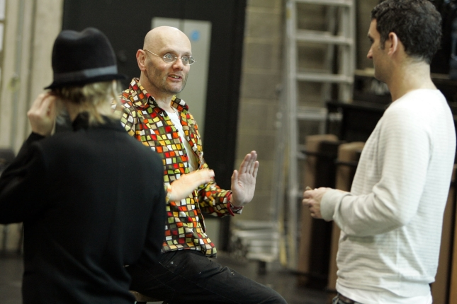 Richard Jones in rehearsal for The Good Soul of Szechuan with Jane Horrocks and John Marquez