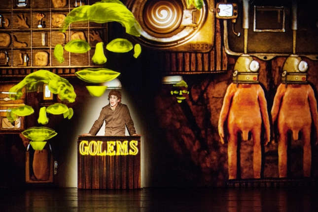 Will Close in Golem at the Young Vic. Photo by Bernhard Müller.