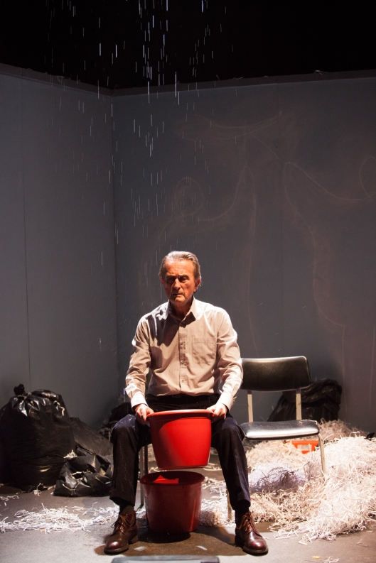 David Heap (The Lip Reader) in Lippy at the Young Vic. Photo by Ellie Kurttz.