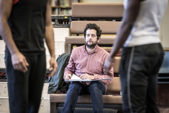 Bijan Shebani in rehearsal for The Brothers Size (c) Marc Brenner